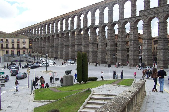 Avila and Segovia Tour from Madrid with Lunch photo 3