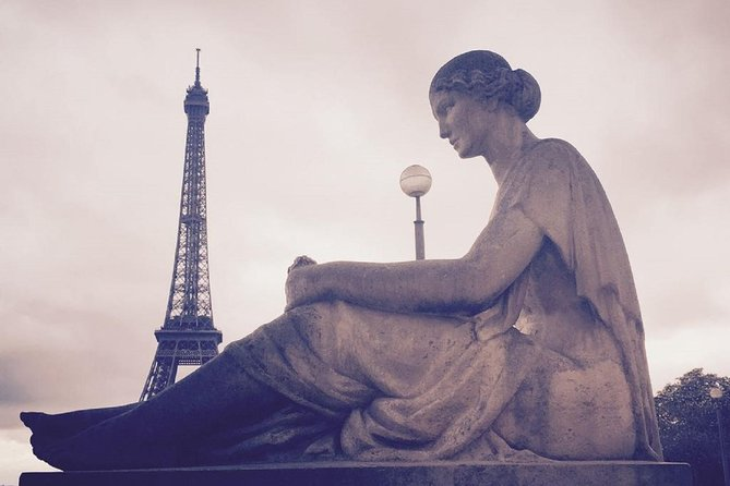 Guided Eiffel Tower, Louvre Museum and River Cruise