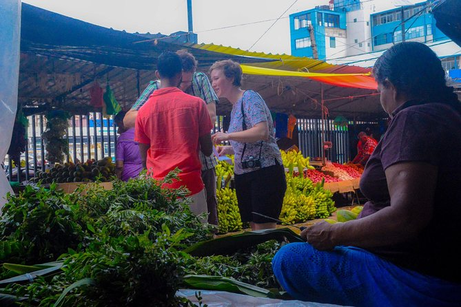 Market Tour and Hands-On Cooking Class Colombo