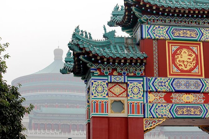 1 Day Private Tour of Chongqing Highlights Including lunch and Optional Photo in Sichuan Opera Costume