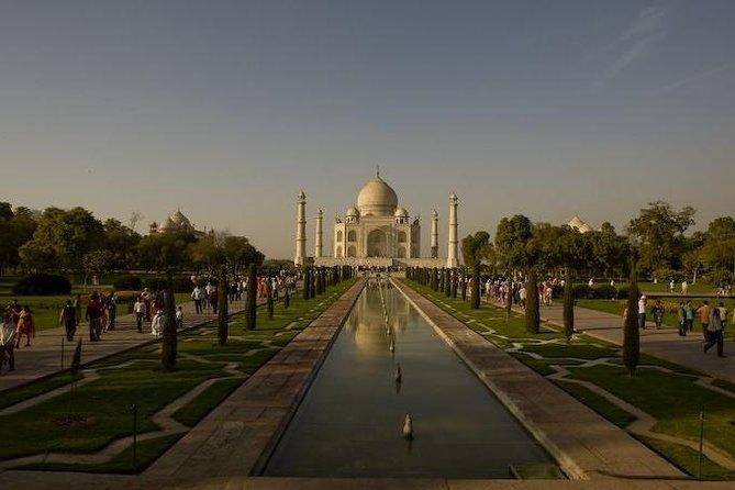 Full-Day Tour of Agra, Taj Mahal, Fort and Revisit Taj Mahal at Full-Moonlight