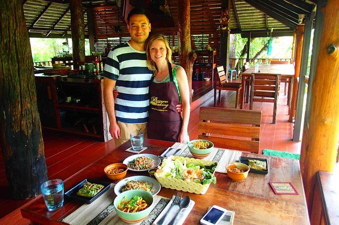 Luxury authentic Thai cooking class (Half day) photo 2