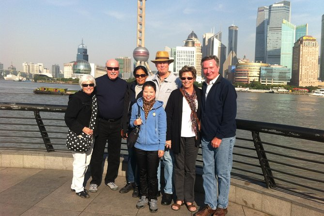 Private Customized Shanghai Shore Excursion Tour of City Highlights with Lunch