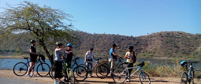 Lakecity Loop - Udaipur Countryside Bike Tour photo 2