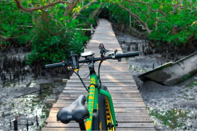 Kuta Beach E-Bike Environmental Half-Day Tour
