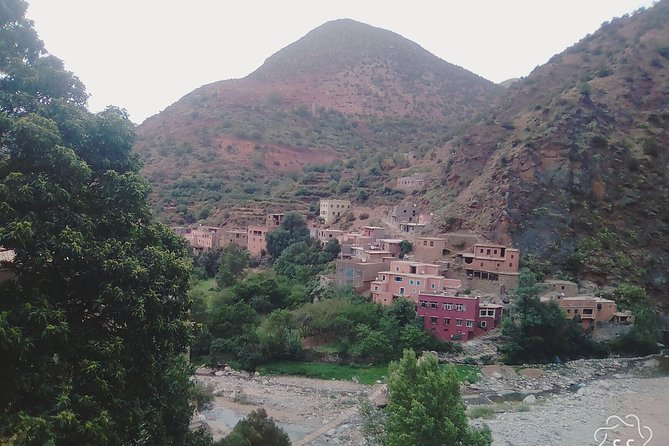 Valleys & Berber villages Atlas Mountains-sightseeing Day Trip With Camel Riding