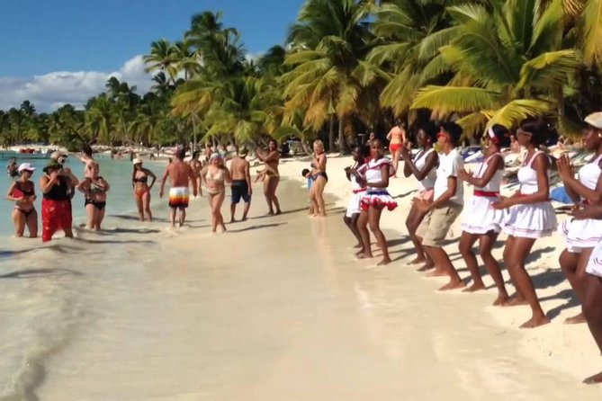 All-Inclusive Saona Island Full Day Trip and Catamaran Cruise from Santo Domingo photo 12