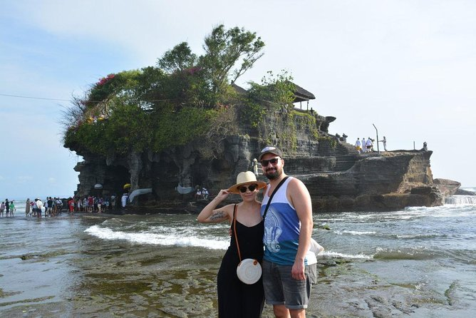 Tanah Lot and Uluwatu Temple Tour Including Seafood Dinner at Jimbaran Beach
