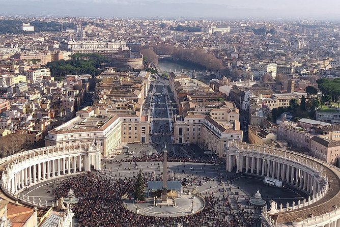 All Inclusive Rome in a Day: Vatican, Sistine Chapel, Colosseum & Hotel Pickup
