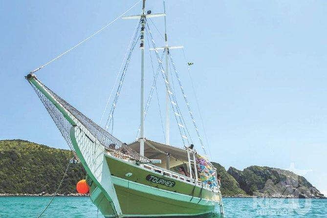 The best Arraial do Cabo's Tour: The brazilian Caribbean