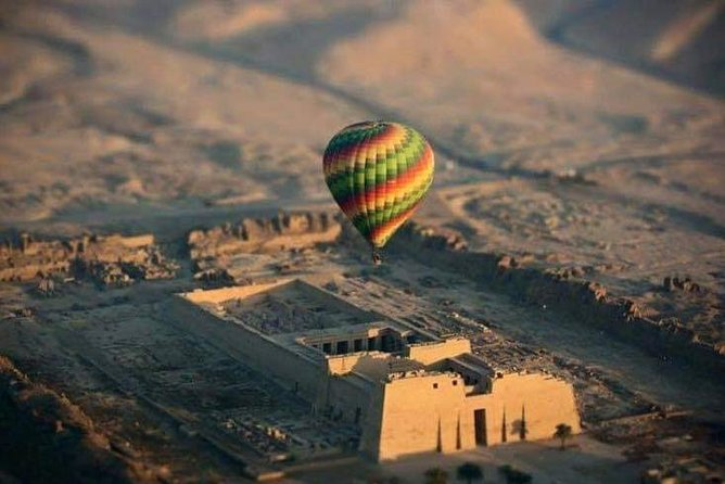 Luxury Hot Air Balloon Ridding in Luxor photo 6