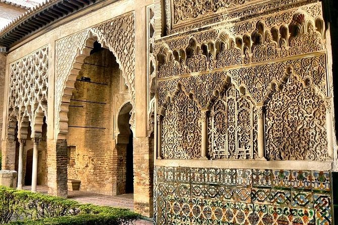 Alcázar of Seville Tour (Tickets included & Skip the line)