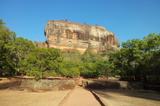 Sigiriya Day Excursion