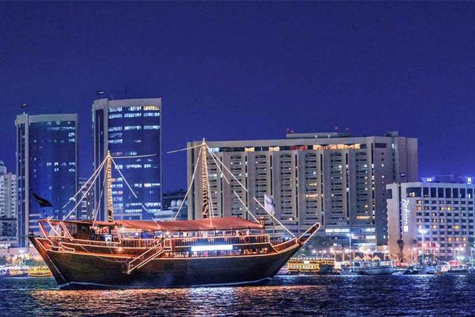 Dubai Creek Dhow Cruise-diner