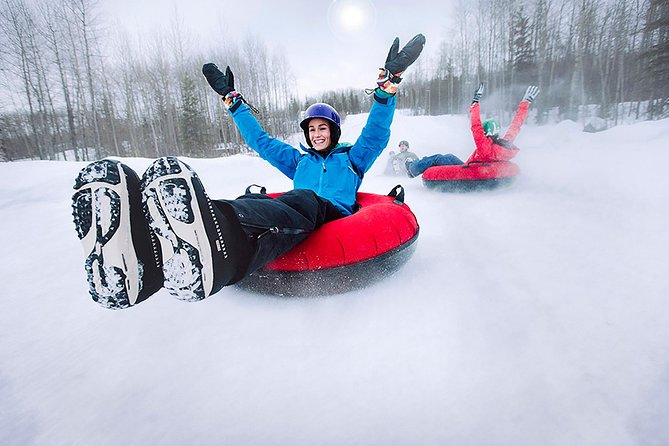 Skiing for Beginner, snow tubing or snowshoeing Tour from Toronto PRIVATE TOUR