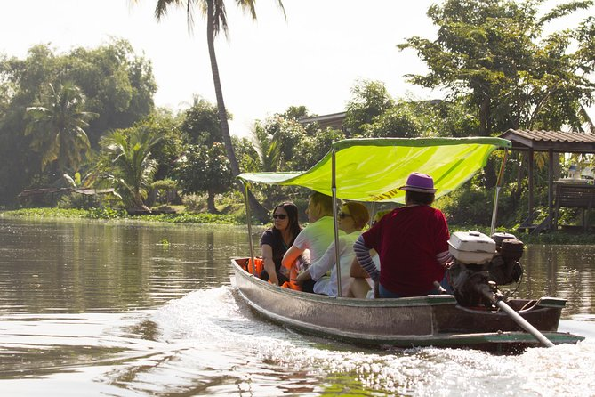 City Escape : Green Canals and Nakhon Pathom by Train photo 7