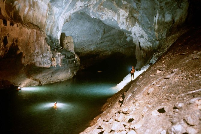Deluxe Small Group Tour: Phong Nha Cave And Dark Cave 1 Day
