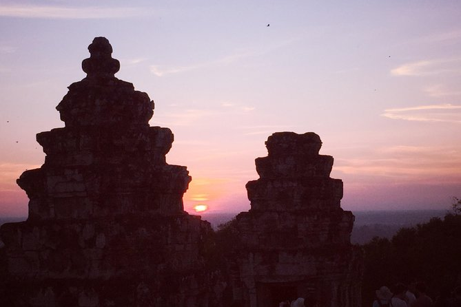 Special Angkor Wat Sunset Private Tour