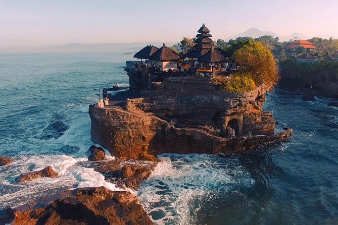 Tanah Lot Temple, Waterfall & Ubud Tour (Private & All-Inclusive)