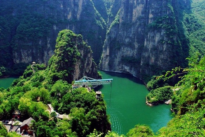 Private Day Tour to Longqing Gorge with Boat Ride and Cable Car from Beijing
