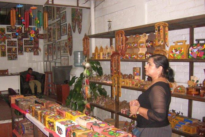 Scopri gli artigiani della Palma, incluso il museo privato di arte Maya