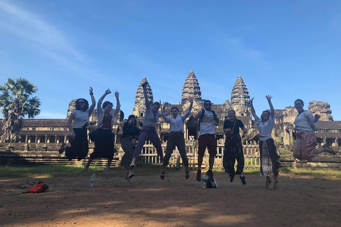 Sunrise Angkor Wat & Secret Temples Group Tour