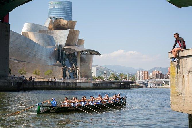 Recorrido en grupo pequeño por la ciudad de Bilbao y el Museo Guggenheim
