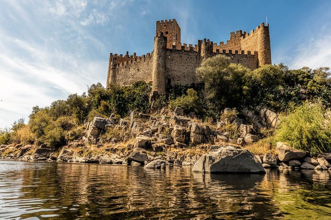 Private Tour to Tomar and Almourol from Lisbon