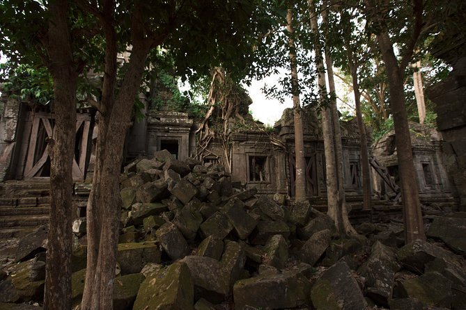 Skip the Line: Khmer Tractor Ride to Remote Temple Ticket