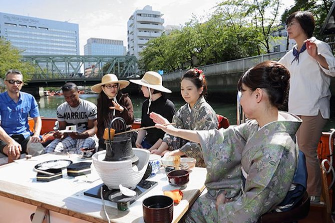 Tea Ceremony Experience on a Boat including a Kaiseki Cuisine Bento