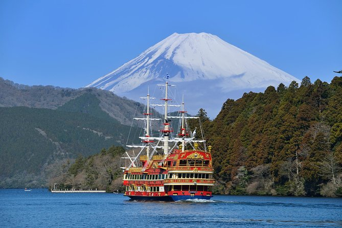 Mt Fuji Viewing Day Trip to Lake Ashi Cruise and Odawara Castle including Lunch