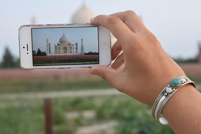 Private Agra Tour with Taj Mahal & Agra Fort Round-Trip from Delhi