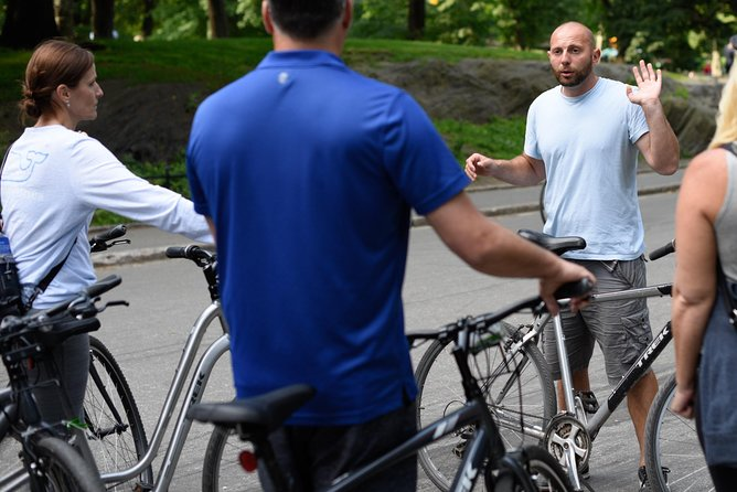 Guided Bike Tour of Central Park & Circle Line Sightseeing's Landmarks Cruise