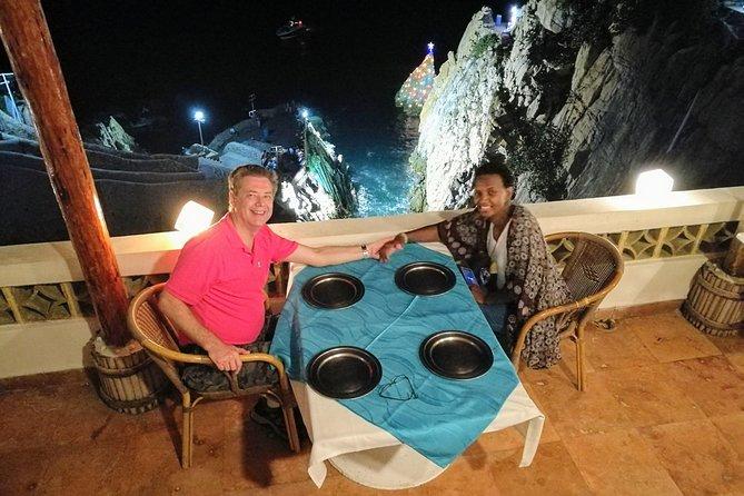 Bella Vista DeLuxe Al Fresco 3 Course Dinner & Cliff Diver Exhibition w/3Drinks