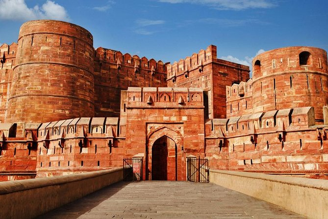 Private Tour to Agra & Fatehpur Sikri by Train