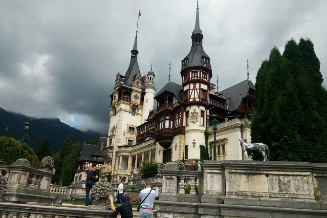 Day Trip in Transylvania: Bran -Dracula's Castle and Peles Castle from Bucharest