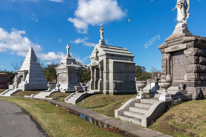 THE BIG 4: French Quarter, Garden District, City Park, & Cemetery (PRIVATE TOUR) photo 19