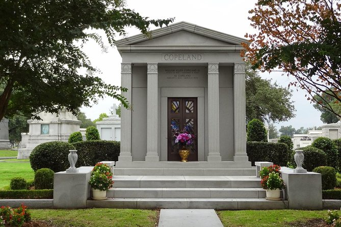 THE BIG 4: French Quarter, Garden District, City Park, & Cemetery (PRIVATE TOUR) photo 8
