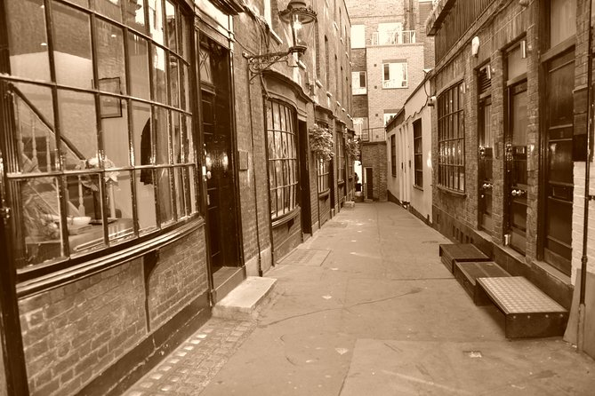 Jack the Ripper's Black Taxi Tour in London