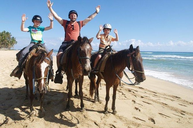 Horseback Ride and Green Grotto Cave Experience