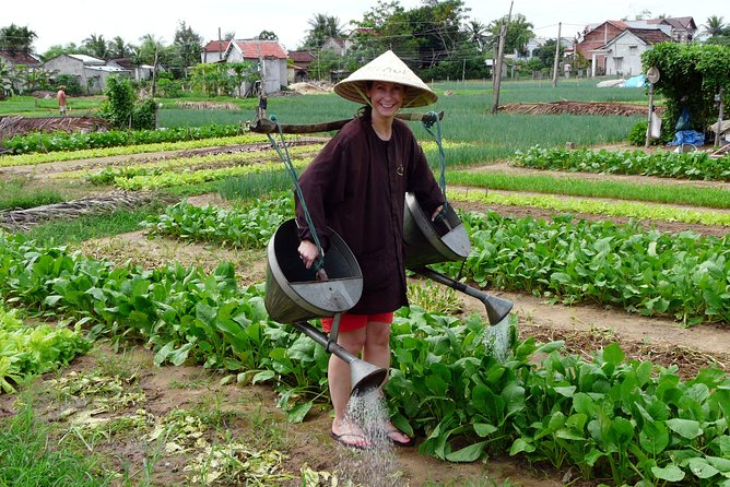 Be a Famer in Tra Que Vegetable Village and lantern making experiences day trip