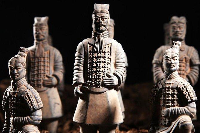 Terra-Cotta Warriors, Qin Mausoleum, Banpo Neolithic Village Day Coach a Xi'an