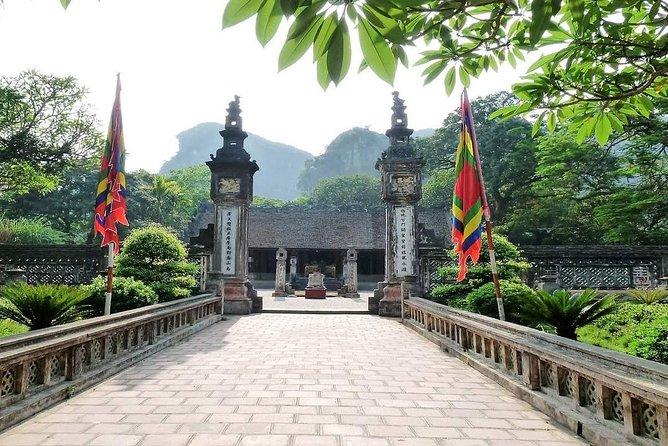 Hoa Lu and Tam Coc One Day Trip Group Tour