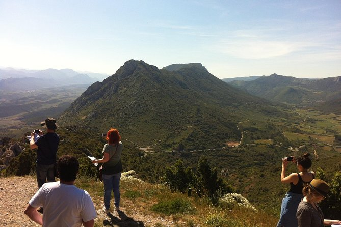 Private day tour to Cucugnan, Quéribus & Peyrepertuse castles. From Carcassonne.