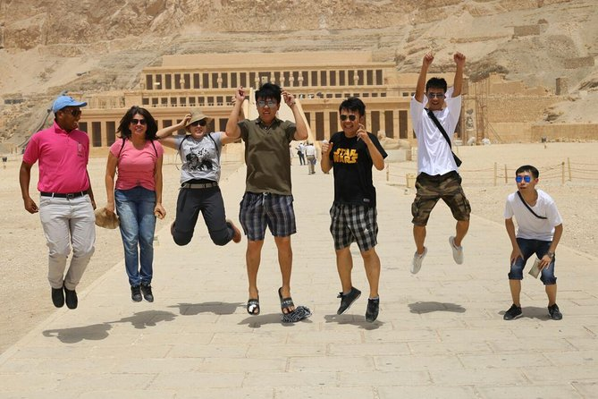 Round-Trip Luxor to Aswan Nile River Cruise with Hot Air Balloon