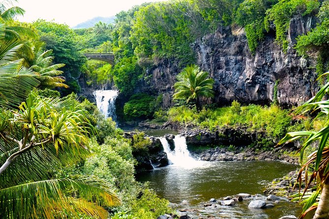 "Maui ""Loop"" Road To Hana Audio Driving Tour photo 10"
