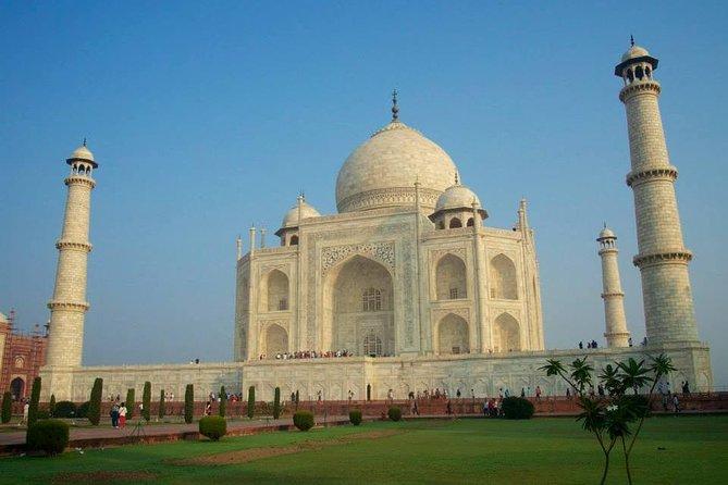 Early Morning Taj Mahal Sunrise Tour From Delhi