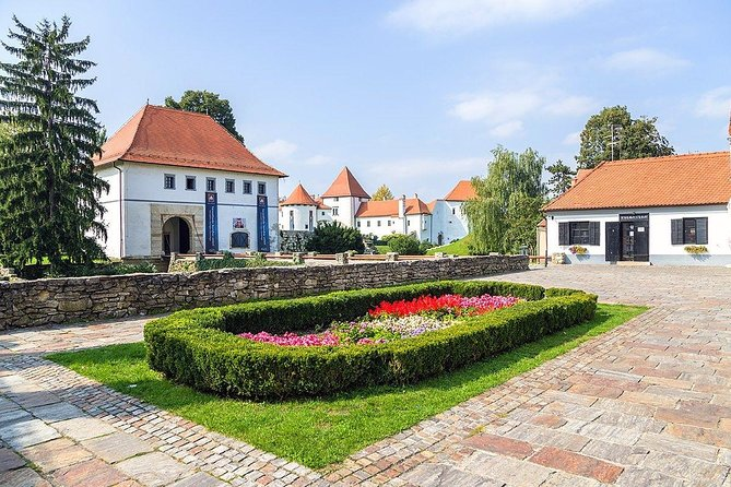 Varazdin & Trakoscan Castle Private Full-Day Tour