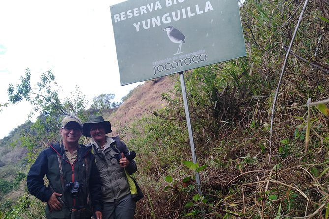 Birdwatching Tour in Giron and Yunguilla Jocotoco Reserve from Cuenca