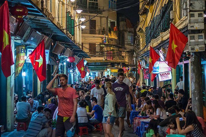 1 Day Private Hanoi Street Food Discovery by Halong Hub